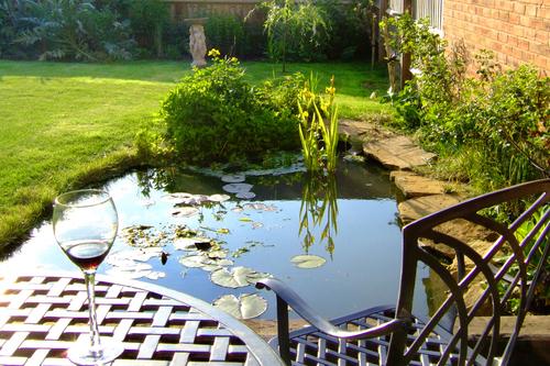 Design av möbler i trädgården